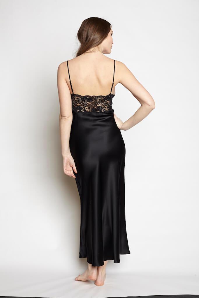christine_lingerie_goddess_gown_kohl_2