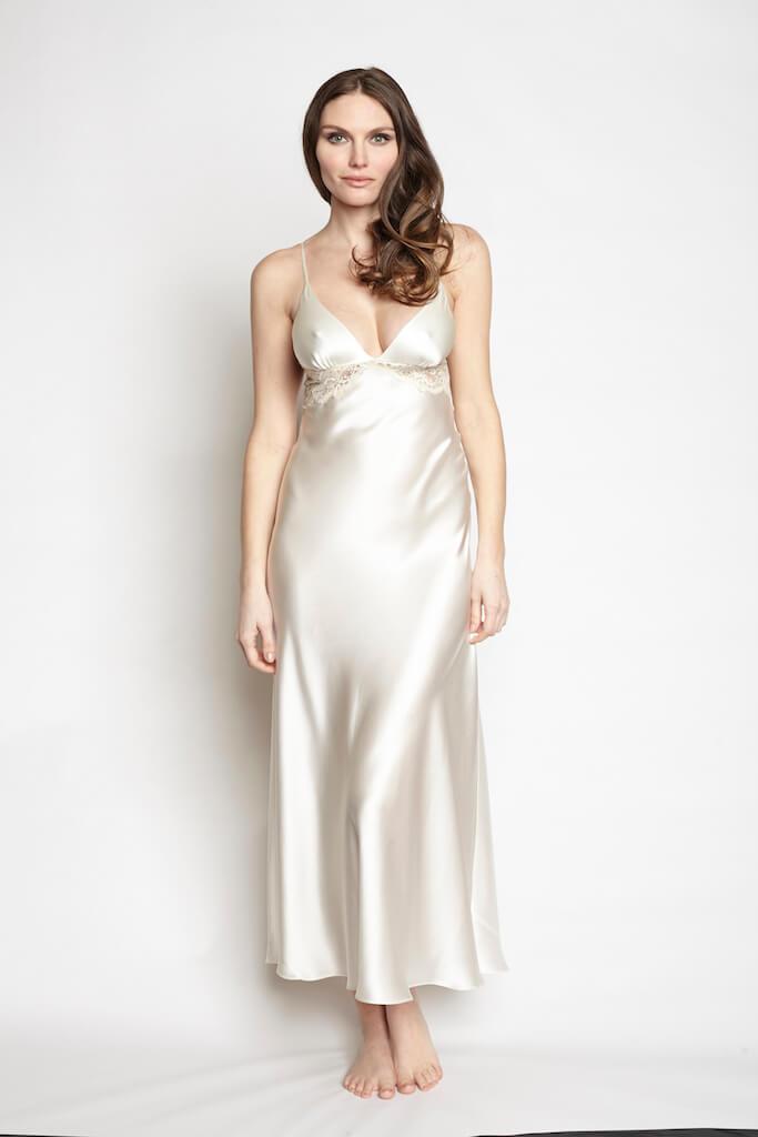 christine_lingerie_goddess_gown_pearl