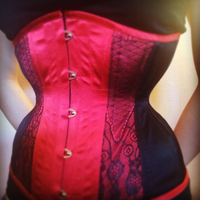 "Custom 17"" Underbust Victorian corset for a Dark Garden waist training client.  via @MissDarkGarden on Instagram."