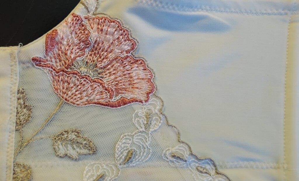 Elila Glamour Embroidery Closeup