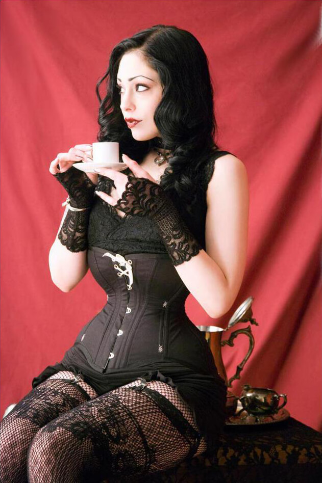 Elisa Berlin in a waist training corset by Pop Antique.  Photo © Jon Bean Hastings
