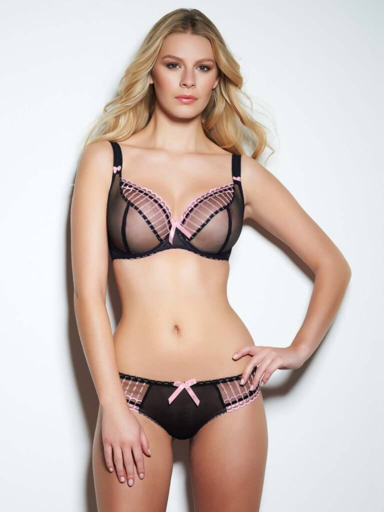 Ma boston shops lingerie in