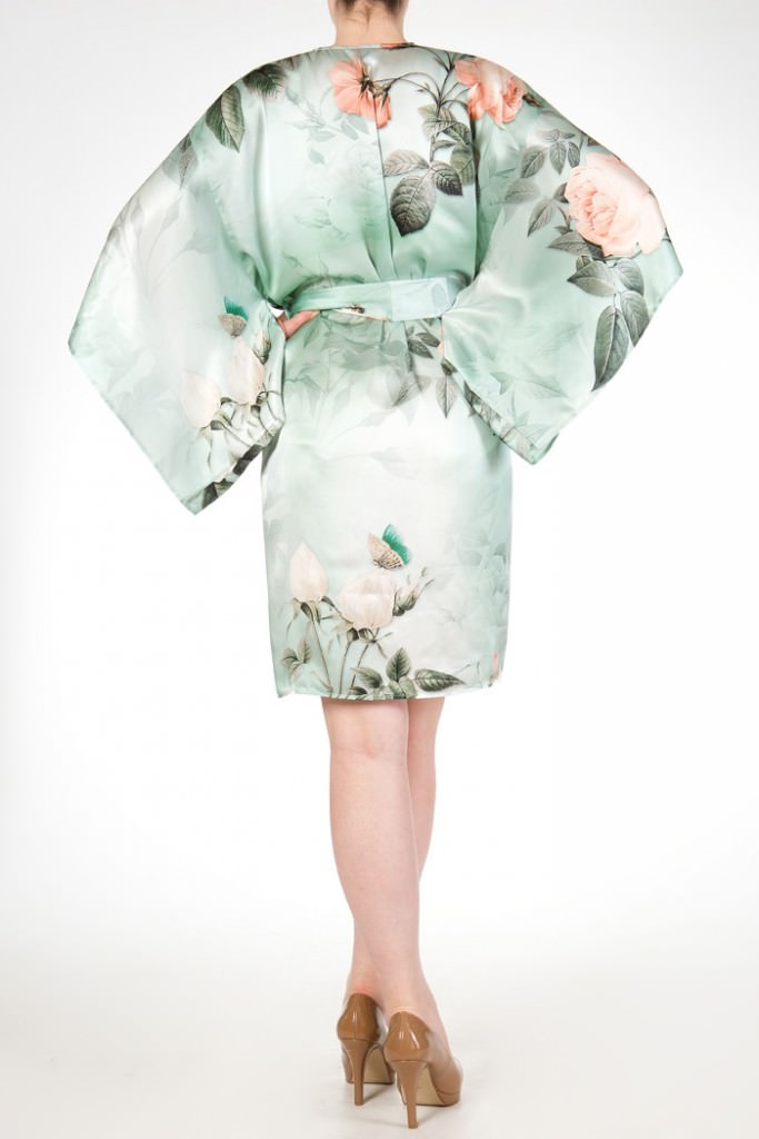 harlow and fox anastasia silk print robe 2