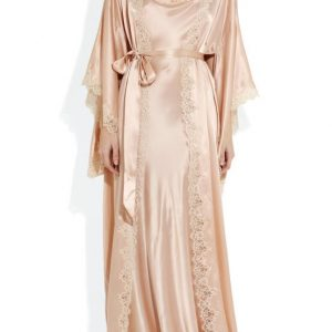 For When You're Feeling Luxurious: 11 Downtown Abbey Inspired Robes