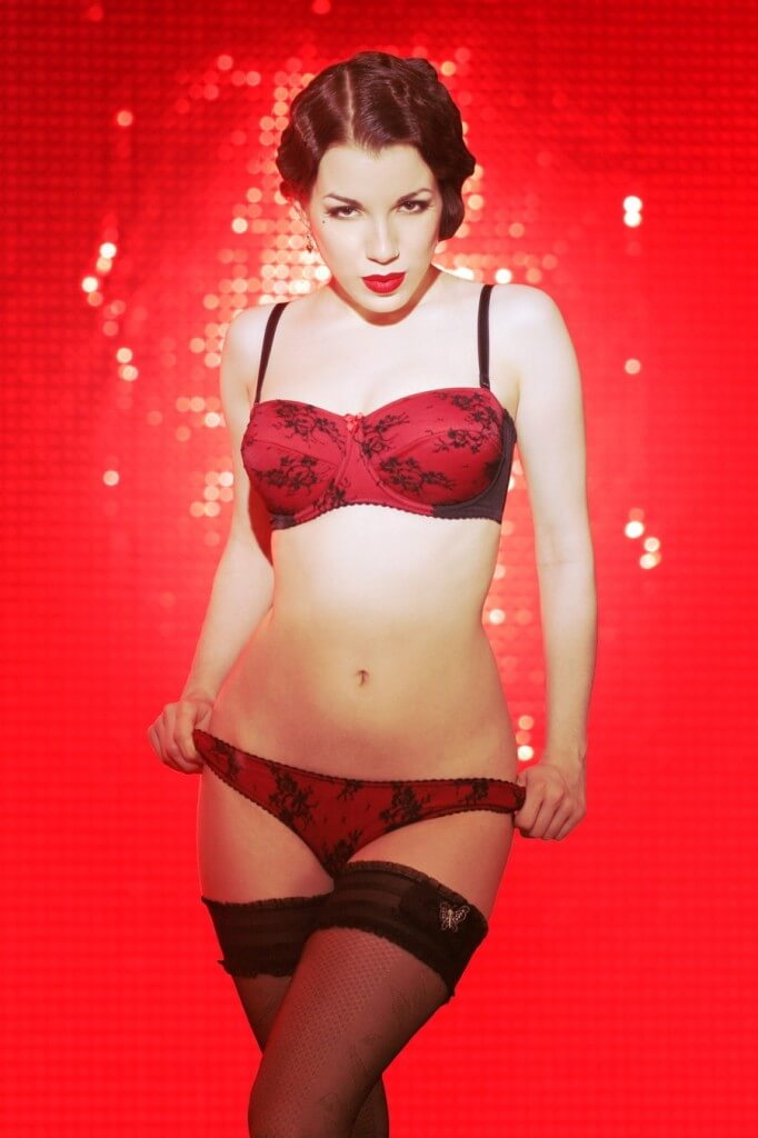 Kiss Me Deadly Alouette in Red - 2006