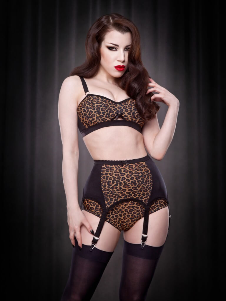 Kiss Me Deadly Leopard Van Doren Bra, Knicker & Suspender Belt