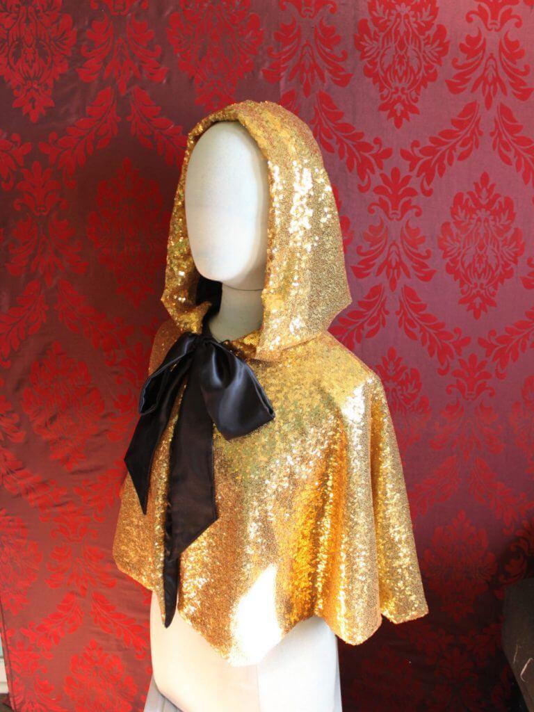 Mascherina Little Gold Riding Hood Cape