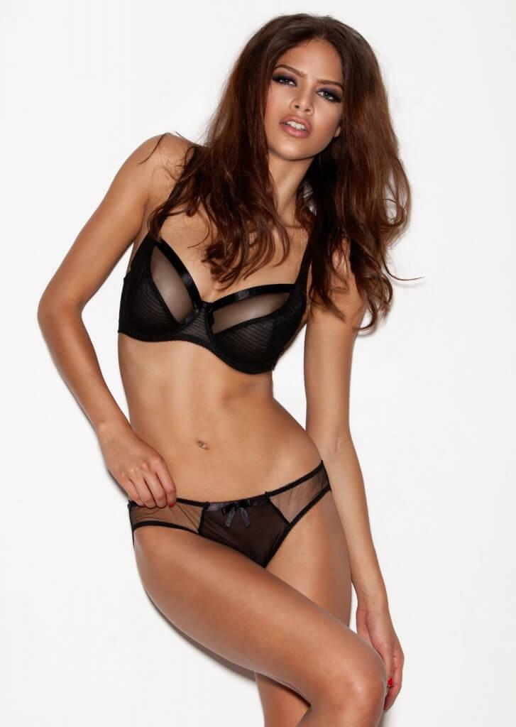 3ff2a5eabfccef The 10 Best Bra Brands for Full Bust & Plus Sized Women
