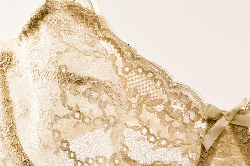 orange_lingerie_bra_closeup_lace_1