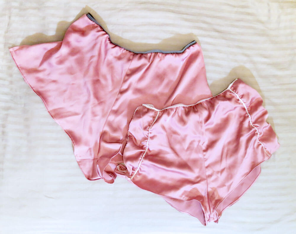 the-pink-pantaloon-co--flatlay