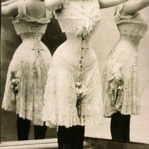21 Victorian and Edwardian Corset Pinups