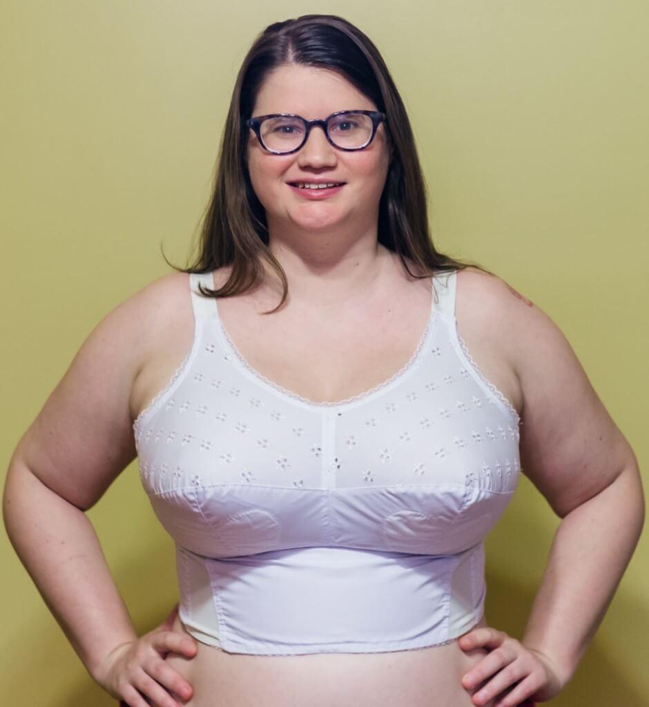 mature moms not wearing bras