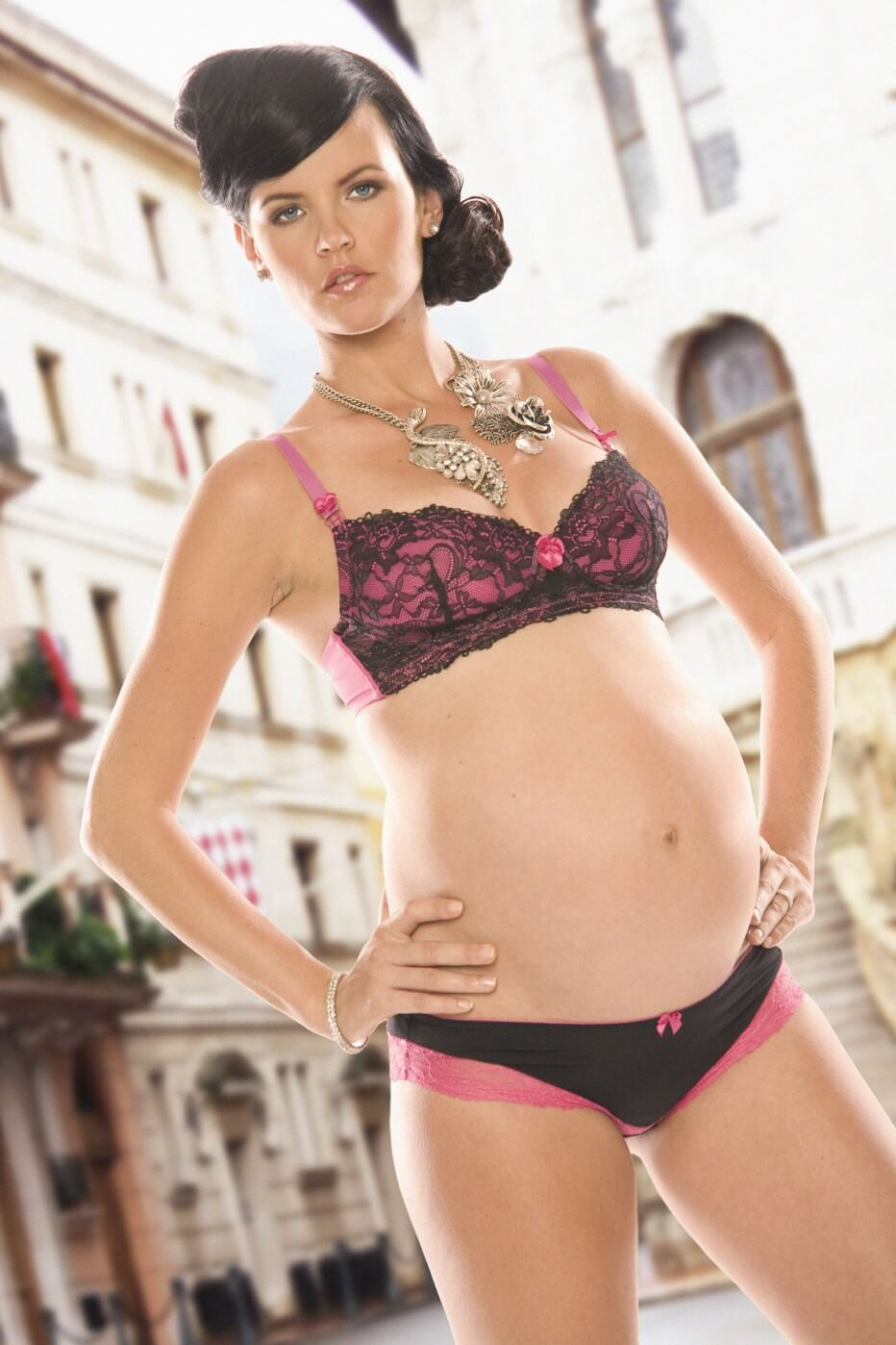 7 Beautiful Maternity and Nursing Bra for New Moms