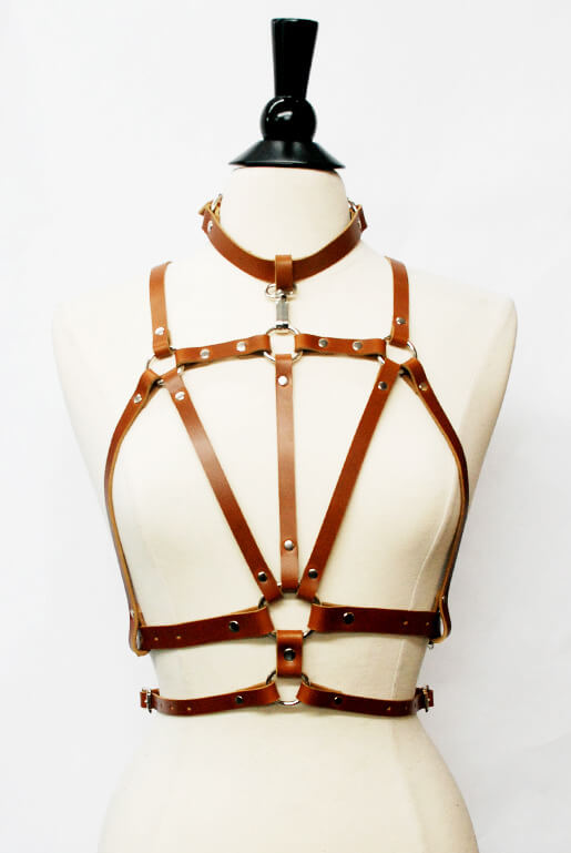 zana_bayne_cruxus_harness_honey_brown
